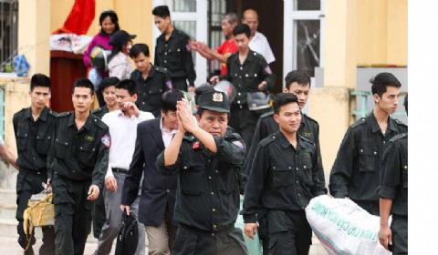 越南被扣警察获释:打算拘捕抗议者 反被村民拘留